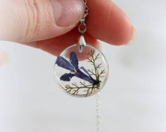 Pressed Flower Necklace - Nature Resin Blue Flower - Dried flower pendant - Botanical Jewelry - Terrarium Necklace - Wearable Plant Necklace