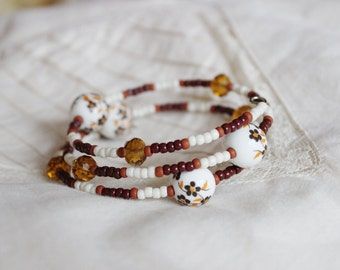 Brown and white memory wrap bracelet, Caramel beaded bracelet, amber flowers, ceramic cuff, Summer, beading, Hippie boho gypsy jewelry