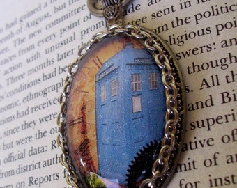 TARDIS Pendant (N638), Steampunk Style Necklace, Sparkle Graphic under Oval Glass Dome, Doctor Who, Faux Pocket Watch Frame, Silver Chain