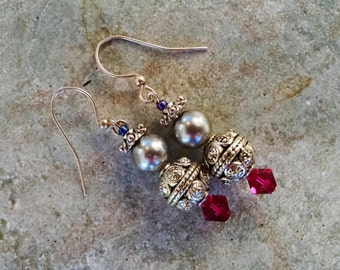 silver fuchsia earrings, silver dangle earrings with fuchsia crystal and silver pearl