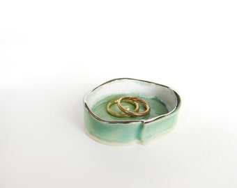Tiny Ring dish. Mint. White Gold. Trinket Dish. Ceramic Dish. Handmade Pottery. Jewelry Holder