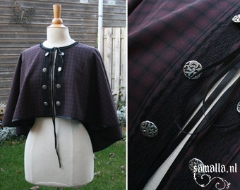 Capelet in burgundy and black tartan wool with lace details (Larp, Reenactment, renfaire, cosplay, Steampunk, Dickens) - <READY TO SHIP>
