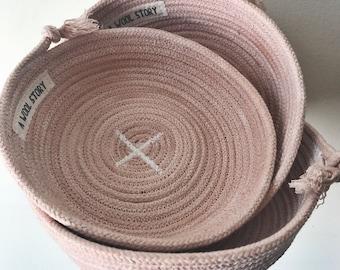 pale blush pink medium rope bowl // naturally dyed rope // 100% cotton