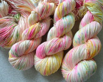 DK yarn, silk yarn, DK weight, hand-dyed silk superwash merino 225metres 3oz for knitting crochet, , speckled