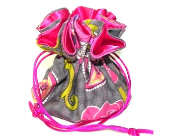 Jewelry Drawstring Travel Bag - Organizer bridal Pouch - Grey, green and pink paisley floral