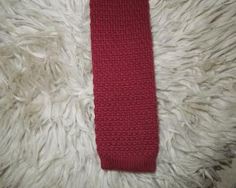 Skinny Knit Wedge Tie, Crimson