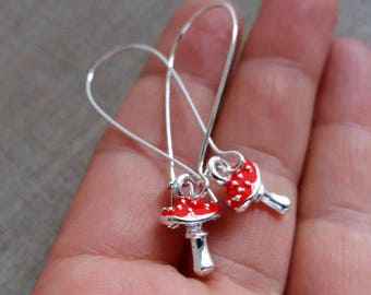 Silver Red Mushroom Earrings. Whimsical Jewelry. Dangly Earrings. Mushroon Jewellery. Red Mushroon, Fun Earrings, Party Earrings