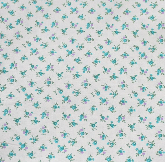 Flower fabric,Floral fabric,Small flower fabric,Calico cotton fabric,100% cotton fabric,Quilt,Apparel,Craft,Sold by FAT QUARTER INCREMENTS