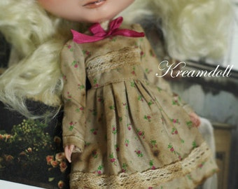 Pink vintage coffee dye dress - for Blythe - doll outfit - by kreamdoll