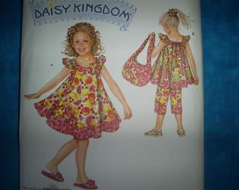 Simplicity 2466 Girl's Size 3-8  Summer dresses and outfits.