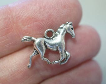 10 Metal Antique Silver Horse Charms - 19mm