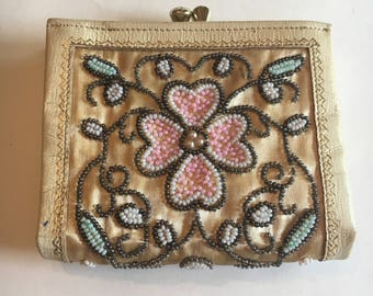 Vintage Mid-Century Beaded Coin Purse - Floral Arabesque Pattern Beaded Change Purse