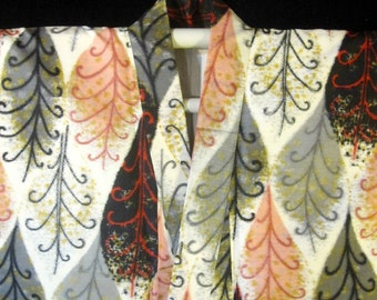 Cool Vintage Mid Century Mod Meisen Silk Japanese Kimono - White w/ Peach / Gray / Black Leaf Pattern.