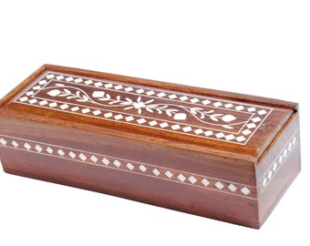 Takli (Tahkli) or Supported Spindle in Sheesham Wood Box with Inlay design.