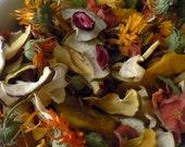 100g - Mélange Festif, fruits, légumes et fleurs séchés pour lapin, fait maison.