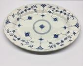 "12"" Oval Serving Platter in Finlandia Swirl Rim England by Churchill"
