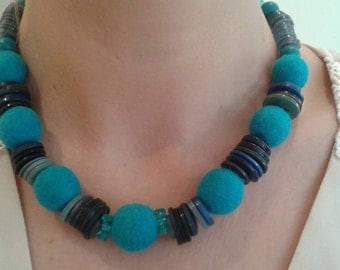 Felt and button necklace with matching earrings.