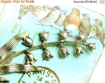 30%OFF SALE Lily of the valley stamping, Antique gold, bell flower, pendant, charm, 70mm - 1Pc - F082