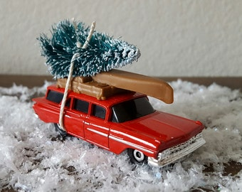Vintage Collectible Matchbox 1959 Chevy Wagon Bottlebrush Tree Christmas Ornament