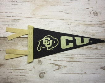 Vintage College Pennant University Colorado Buffaloes Buffs Small 9 x 4 Inch Felt 1990s School Pennant Flag Dorm Collectible Sports Decor