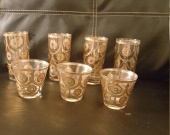 Elegant gold and rinestone drinking glasses