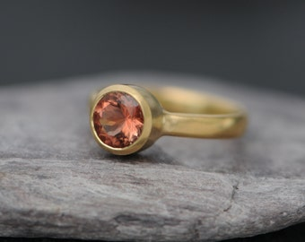 Oregon Sunstone Engagement Ring Sunstone Ring 18K Recycled Gold - Solitaire Sunstone Ring - Peach Gemstone Gold Ring - Made to Order
