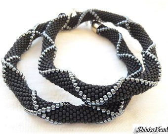Black and hematite grey seed bead crocheted necklace with relief