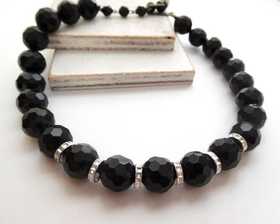 Vintage Chunky Faceted Black Diamond Cut Silver Tone Bead Choker Necklace Q17