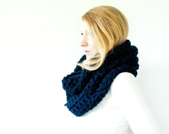 WINTER SALE the CHEROKEE cowl - chunky cowl scarf hood circle scarf - navy - slightly ribbed