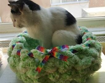 Green fiber pet bed