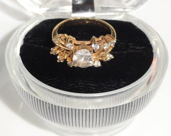 Signed LIND 14KT HGE Heavy Gold Electroplate Clear Simulated Diamonds Rhinestones Size 8 Ring