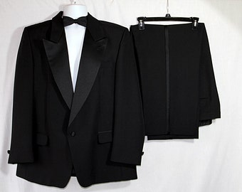 Vintage Tuxedo, James Bond, Prom, Vintage Wedding, Black Suit, Tux
