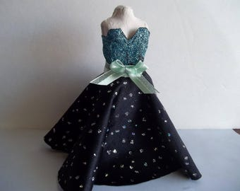 1:12 Dollhouse Dress Form with Sparkly Dress