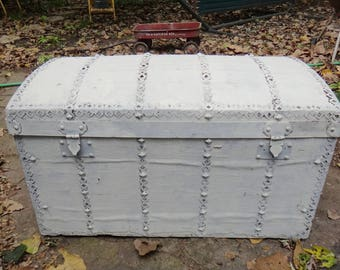 Trunk, French Barrel Top Trunk, Bazar Du Voyage, Antique Trunk, White Trunk, Shabby, Cottage Chic, Storage, Coffee Table, French, Chest