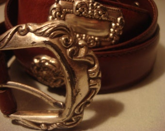 Vintage 1990s Boho Chic Southwestern Brown Saddle Leather Ornate Metal Buckle Belt
