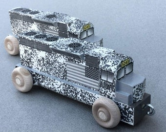 Wooden Toy Diesel Locomotive for Toy Army Train, Urban/Winter Camouflage