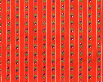 Cotton Fabric / Calico Fabric / Red Calico Fabric / Floral Cotton Fabric / Red Floral Fabric / Quilting Fabric