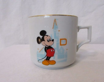 Vintage Mickey Mouse Coffee Mug Cup Walt Disney Productions Made In Japan