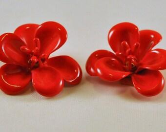 Vintage Enamel Flower Earrings Red MOD - So Cute