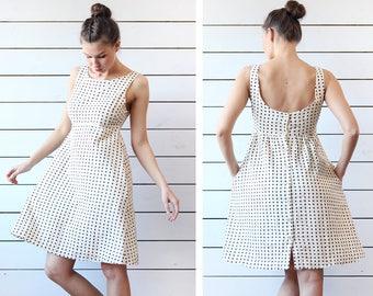 Vintage ivory brown polka dot cotton scoop neck low back cut simple shift summer day dress S