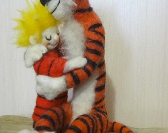Calvin and Hobbes sculpture 7 inch. Made by dry felting. Ready.