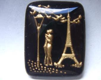 Vintage Glass Intaglio of  Lovers at Eiffel Tower Paris   # KKKK 7