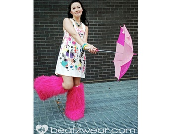 Pink fluffies - MADE TO ORDER // hot pink glitter fluffies // glitter legwarmers // legwarmers // pink leggings // pink legwarmers // rave
