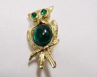On Sale Vintage Green Jeweled Owl Pin Item K # 1657