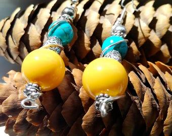 Handmade hippie/gipsy/boho/bohemian turquoise/yellow earrings, howlite earrings, chic/flok/elegant/old fashion/summer/surf earrings