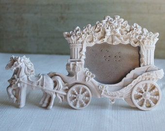 Horse and Carriage Photo Frame - Wedding Photo Frame - White - Vintage Wedding - Stagecoach - Wedding Gift - Bridal Shower Gift