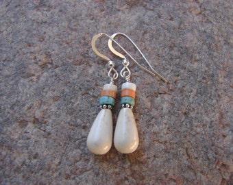 Southwest Style Beaded Earrings, Southwest White Turquoise Earrings, Tribal Style Earrings, White Beaded Earrings