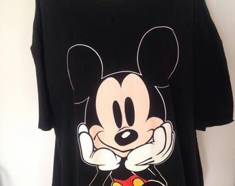 Vintage DISNEY Mickey Mouse SuperSized Tshirt