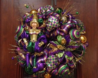 Whimsical Jester Valentines Wreath