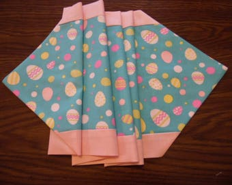 Easter Eggs Table Runner - Easter Table Topper -Spring Table Linen
